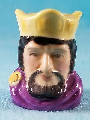 FRANCESCA Staffordshire Character Head Thimble - MACBETH - Literary Collection