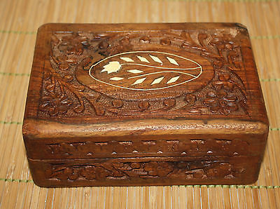"Carved Wood Trinket Box Flowers Made in India 6"" x 4"" x 2.5""H"