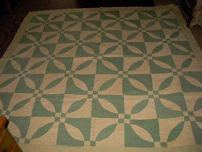 ANTIQUE JADEITE GREEN & WHITE HAND MADE QUILT cottage chic lovely