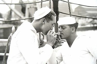 1935 Rare Vintage Photo Of Two Handsome  Sailor Boys Getting A Homoerotic Light/