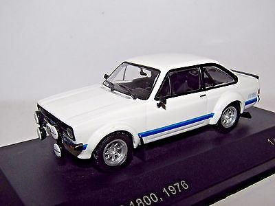 White Box Ford Escort Mk Ii Rs1800 1/43 Model Wb226 Forest Arches