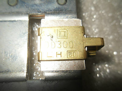 (Rr10-4) 1 Lot Of 3 Used Square D Dd300 Overload Relay Thermal Units