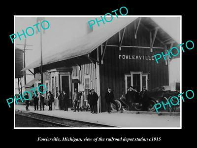 OLD LARGE HISTORIC PHOTO OF FOWLERVILLE MICHIGAN, THE RAILROAD DEPOT c1915