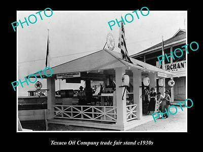 OLD LARGE HISTORIC PHOTO OF TEXACO OIL COMPANY TRADE FAIR STAND c1930s