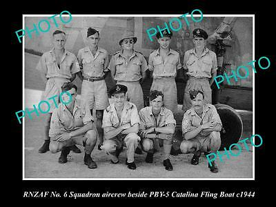OLD LARGE HISTORICAL PHOTO OF THE RNZAF, AIR FORCE  No 6 SQUADRON CREW c1944
