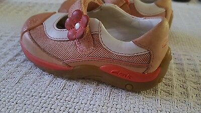 clarks baby shoes size 4.5