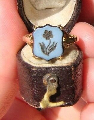 Antique 1860 Hard Stone Cameo of Flower & 9ct Gold Ring size K1/2 weight 1.56 gr