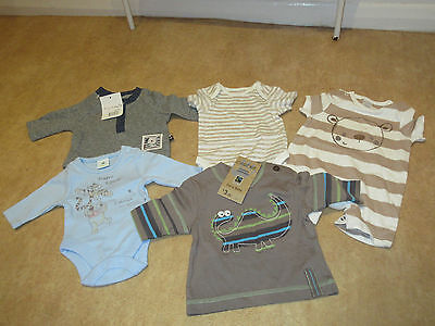 5 X New Small or Early baby boy tops vests to fit up to 7.5 lbs