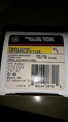 GE CR104PSL21E1S8 Illum Full Voltage Selector Switch (New)