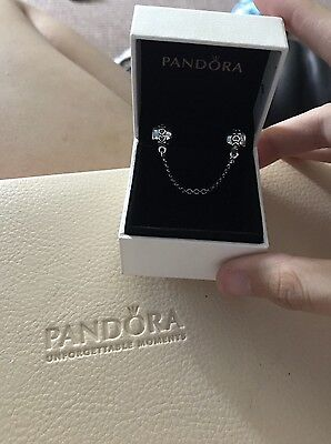 Silver Hearts Safety Chain Charm In Pandora Box S925