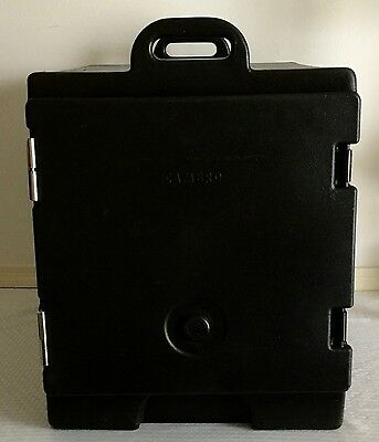 Cambro 300MPC110 Camcarrier Black Front Loading Insulated Food Pan Carrier