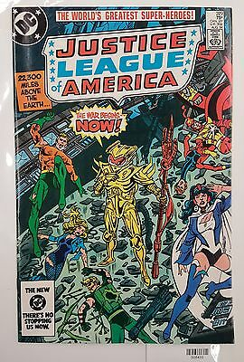 Justice League of America #229 NM/MT DC Comics SUPERMAN War of the Worlds PART 2