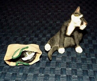 Creations by Carole Pair of Kittens Cats Black and White Scratching & In Bag