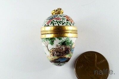 LOVELY ANTIQUE 18th CENTURY GOLD & HAND PAINTED ENAMEL BOX / EGG PENDANT