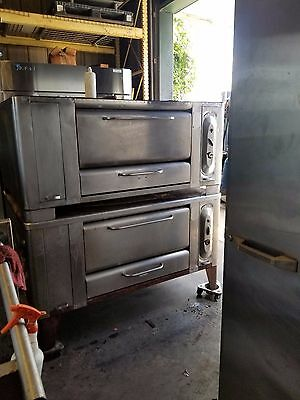 Blodgett Stone Deck Pizza Oven  1048 Gas/double