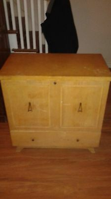 Vintage Lane Cedar Hope Chest with upright blanket chest