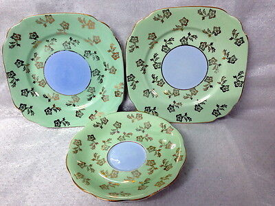 Vintage Royal Standard 2  Side Plate & 1 Saucer  Greeen Gold Chintz Blue Centre