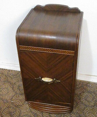 58368  Art Deco Nightstand End table Stand