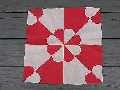 Red & White Hearts & Gizzards Quilt Square