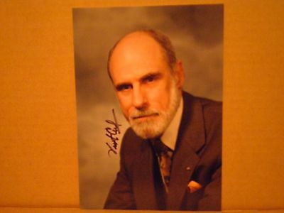 VINTON VINT CERF Signed 4x6 Photo Father of the Internet