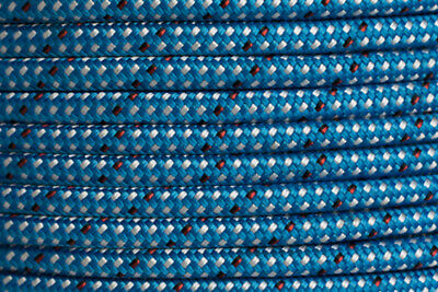 Dyneema Core w Polyester Cover 8mm X 100 metres - 2,000Kg BL - Endura Blue