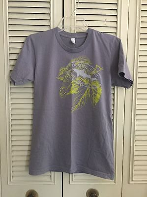 Dogfish Head Craft Brewed Ale`s T-Shirt. Men's Size Small