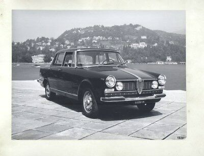 1962 Alfa Romeo 2600 Berlina ORIGINAL Factory Photograph wy2326