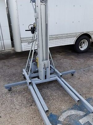 Genie Powered Hydraulic Superlift PSL-12 Material HVAC Lift