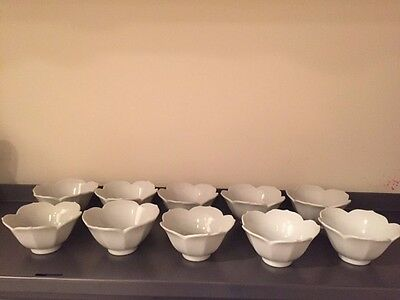 Set of 10 VTG White Porcelain Small Lotus Bowls - Excellent Condition Stackable
