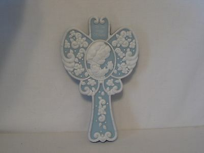 Precious Moments-On The Wings Of Faith-White on Blue- Wall Plaque-1996 -Verse