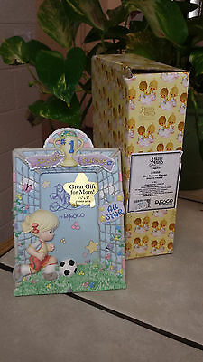 "PRECIOUS MOMENTS ""GIRL SOCCER PLAYER"" 3 1/2 x 5""  PHOTO FRAME 316555 VERY RARE • $6.99"