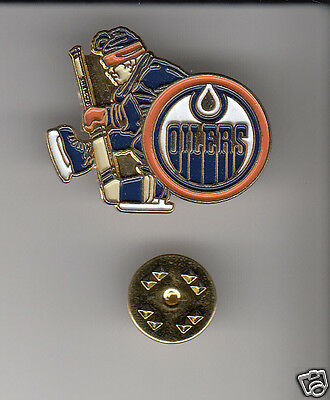 EDMONTON OILERS Hockey Team Logo NHL METAL HAT LAPEL PIN Man with Tuque Outdoors