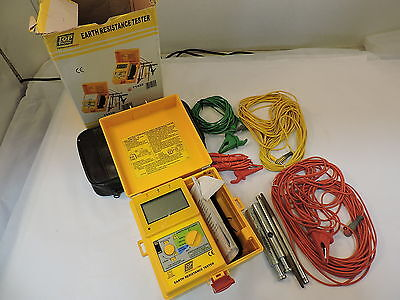 Toptronic T1820 Earth Resistance Tester - 90 Day Warranty