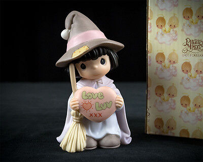 Precious Moments Witch Way Do You Spell Love Figurine 587869 w Box, Enesco 1999