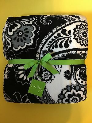 NWT Vera Bradley Soft Cozy Throw Blanket In MIDNIGHT PAISLEY
