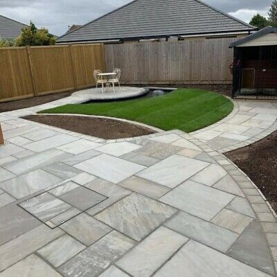 Silver Kandla Grey 18.9m2 Indian sandstone paving slabs flags ✔ Free Brochure ✔