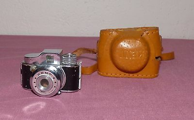 Vintage Kent Subminiature Camera w/Leather Case - Made in Japan