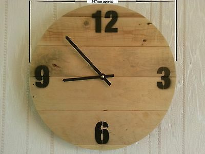 Upcycled / Recycled Pallet Wood Wall Clock