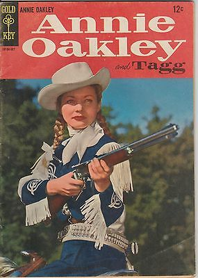1958 Issue 1 ANNIE OAKLEY AND TAGG Dell 10 Cent Comic Book Very Good Cond