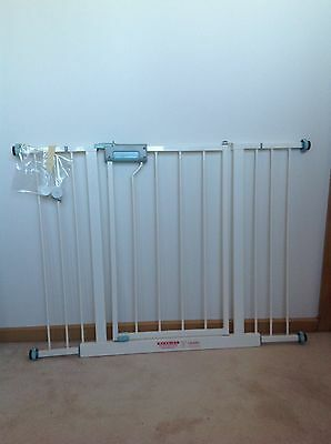 Lindam easy fit Child gate with wall fasteners