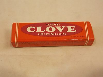 1 Pack of Adams Clove Chewing Gum, 5 Sticks, Sealed, Excellent Condition