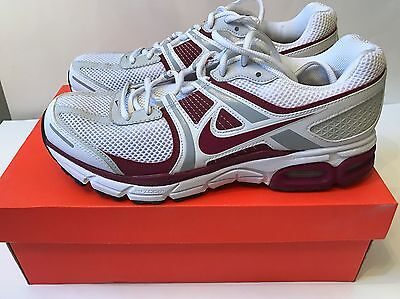 Men's Nike Air Max Moto+ 8 Athletic shoes White/Maroon/Grey Size 9.5 NEW Running