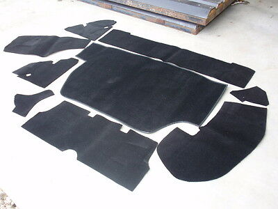 Triumph STAG ** BOOT CARPET KIT BLACK - Great quality ** NEW !!