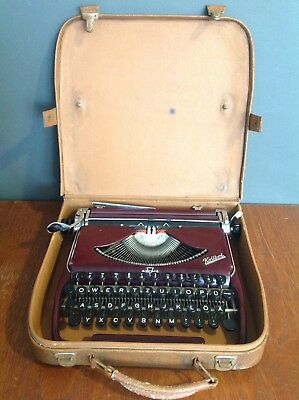Vintage Collectable Groma Kolibri Typewriter In Case In Working Order