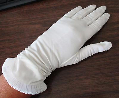 Vintage HANSEN BREEZEWEIGHT Fancy White Nylon GLOVES sz 6 1/2 Evening Church