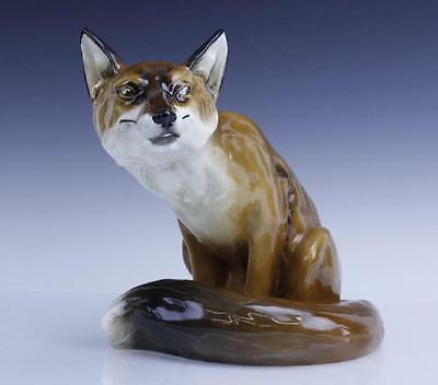 Largest Royal Doulton Seated Fox Figurine HN2634 - Sitting Sly Fox
