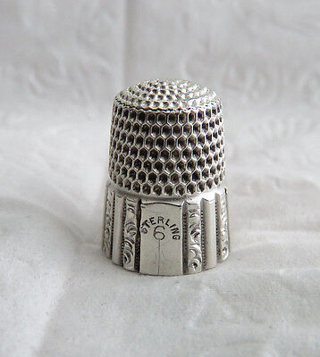 Very Nice Antique Simons Bros. Sterling Silver Paneled Sz.6 Thimble