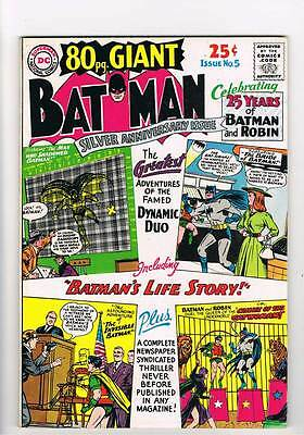 Eighty Page Giant # 5 Crimes of the Catwoman ! grade 7.5 scarce book !