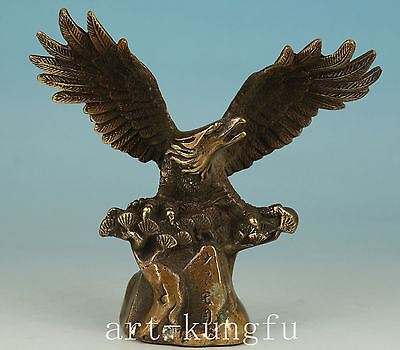 Chinese Copper Handmade Carved Eagle Statue Figure Decoration