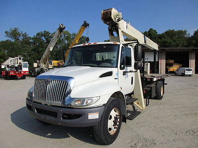 2008 International with NATIONAL 571E-2, 18-ton boom truck